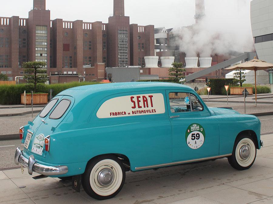 Viel Platz: Der Seat ist heute ein ideales Reiseauto. Zum Beispiel für eine Tour in die Autostadt Wolfsburg.