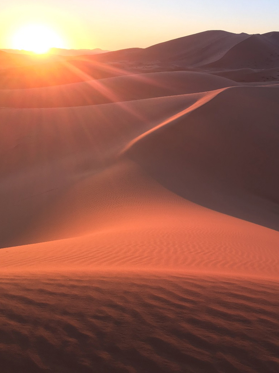 Schnappschuss des Tages: Während der Quad-Tour durch die Sahara durfte ich diesen Sonnenuntergang bestaunen.